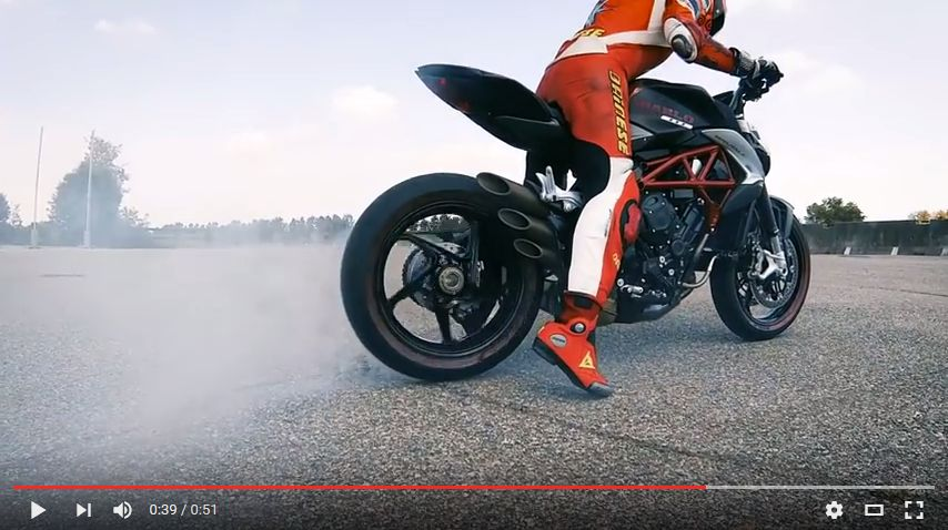 "MV Agusta e Pirelli ""DIABLO BRUTALE"""