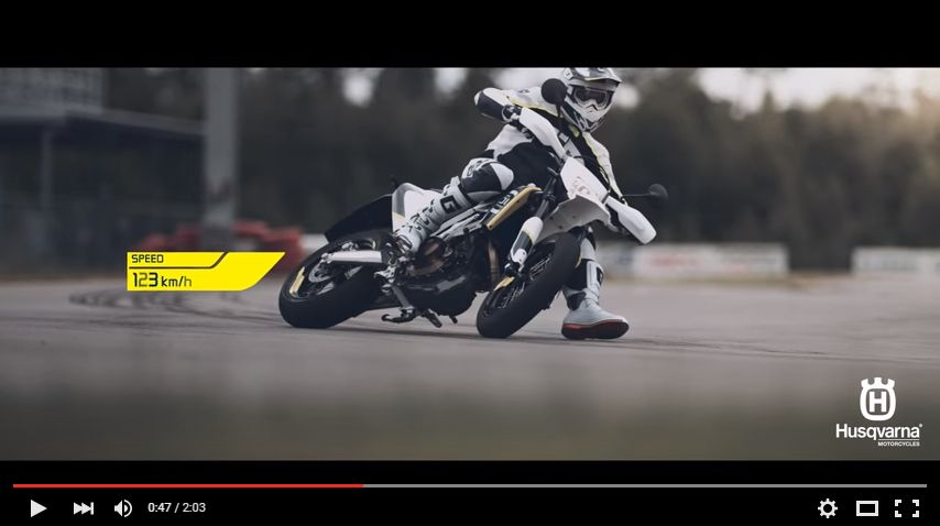 Husqvarna 701 SUPERMOTO - The Curve