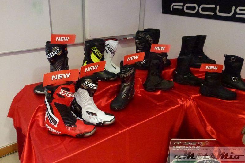 La possibilità si tradurrà anche per molti di noi motociclisti di poter  trovare subito nei negozi i modelli che potremo vedere e toccare al salone  Milanese. 70465549a0f